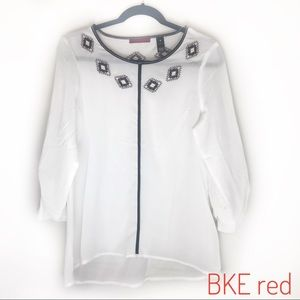 BKE red label top with Aztec embroidery!